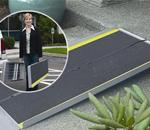 TRIFOLD AS10 - The TRIFOLD® Advantage series ramp, with its unique 3-fold desig
