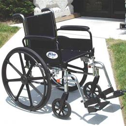Drive Medical :: K3 Wheelchair Ltwt 18  w/ADDA & ELR's  Cruiser III