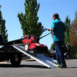 Image of TRAVERSE™ Singlefold Ramp 7