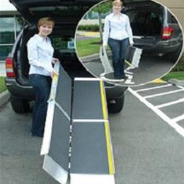 Image of EZ-Access Trifold Ramp Advantage Series 1