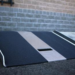 Image of TRAVERSE™ Curb Plate 5