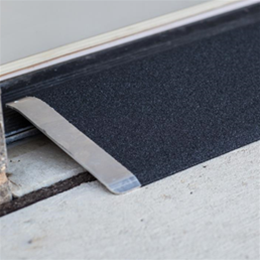 Image of TRANSITIONS® Angled Entry Plate