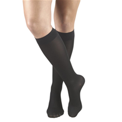 Image of 0363 TRUFORM Ladies' Opaque Knee High Closed-Toe Stockings 3