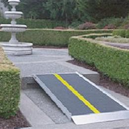 Image of EZ-Access Pathway Lite Advantage Series Ramp
